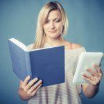 El romanticismo hacia los libros en papel VS. la practicidad de los libros electrónicos