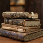 Los 8 tipos de archivos eclesiásticos que existen y que te invitamos a conocer