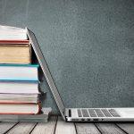 Los internautas leen más libros que las personas que no lo son