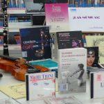 La biblioteca que presta instrumentos y permite ensayar a músicos