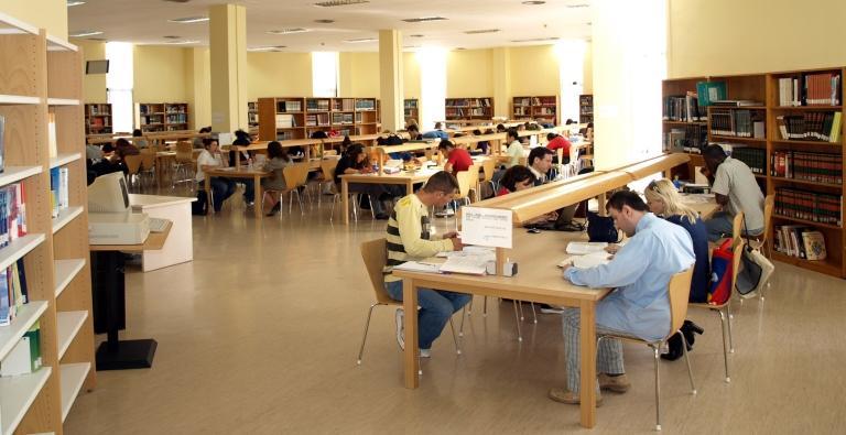 Biblioteca Pública del Estado en Almería