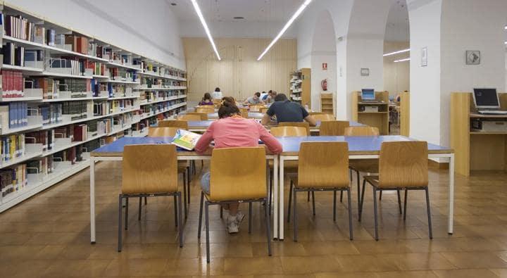 Biblioteca Pública del Estado en Córdoba
