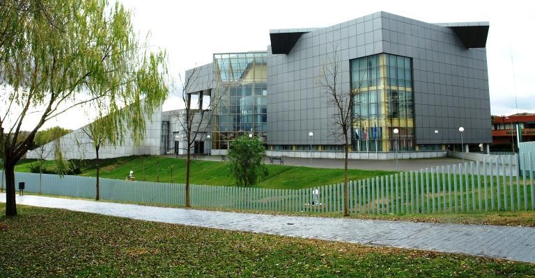 Biblioteca Pública del Estado en Mérida - Jesús Delgado Valhondo