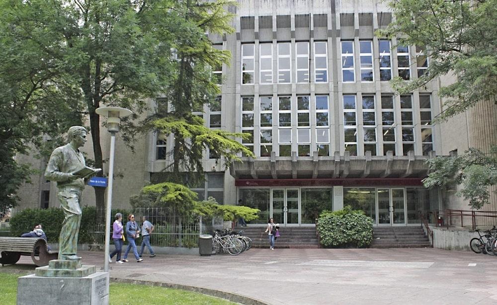 Biblioteca Pública del Estado en Vitoria-Gasteiz Casa de Cultura Ignacio Aldecoa