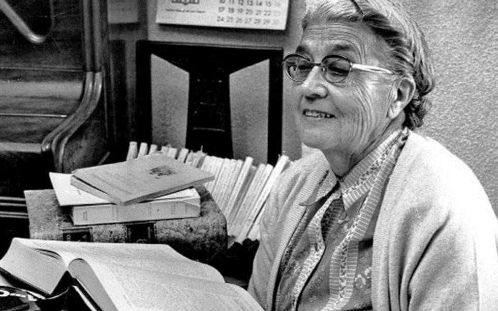 Bibliotecaria y lexicógrafa María Moliner