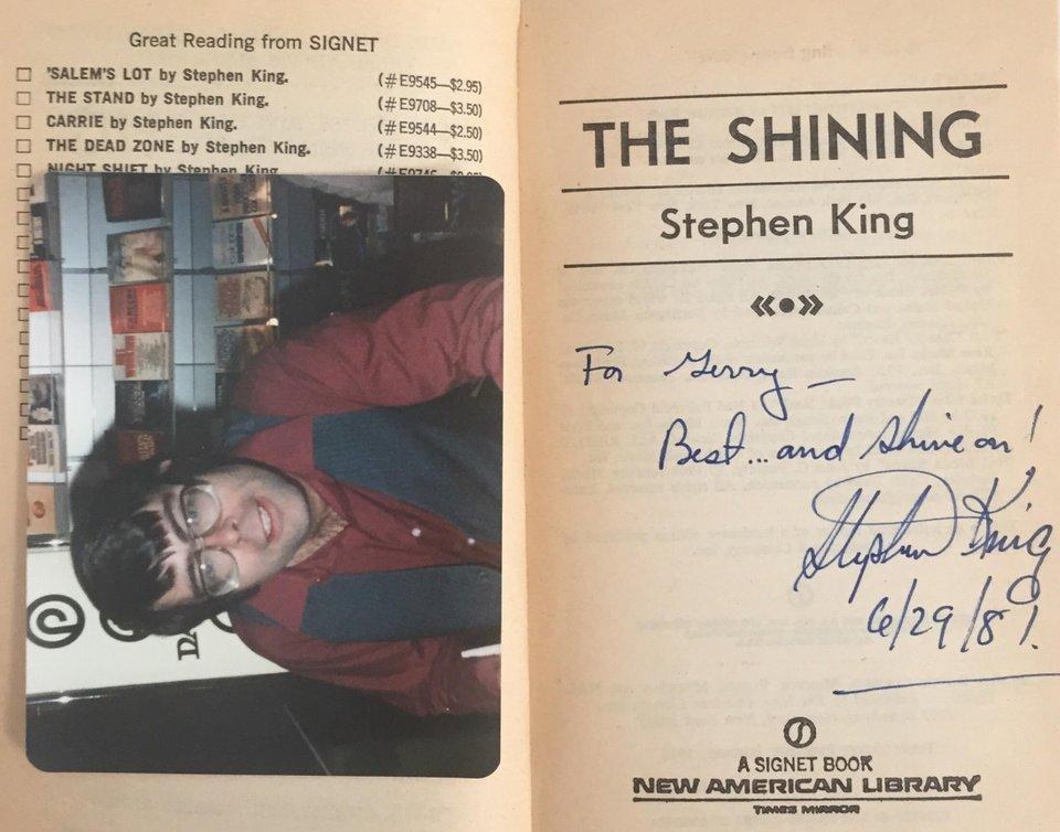 Encontrados en libros - Foto y firma de Stephen King