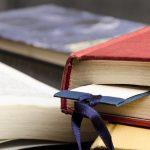 15 insólitos objetos encontrados en libros de bibliotecas y tiendas de segunda mano