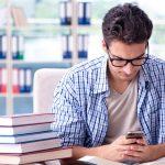 Las bibliotecas de la Comunidad de Madrid activan el envío de SMS para reservas y peticiones de libros