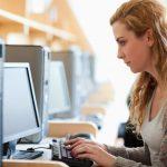 Millones de personas acceden a Internet por primera vez a través de las bibliotecas públicas