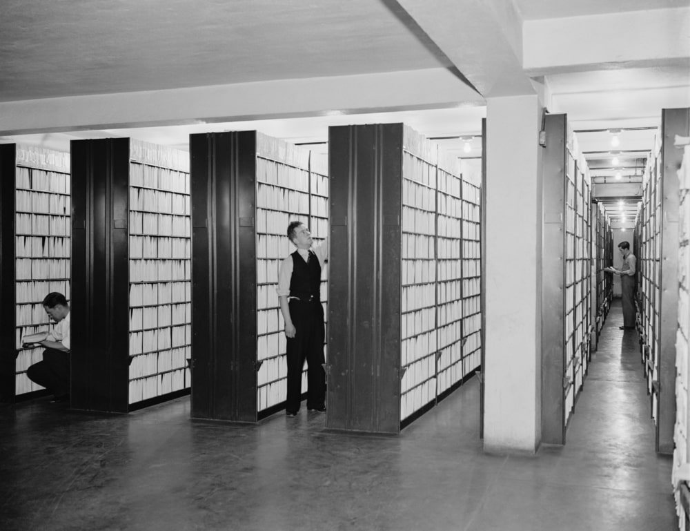 Los archiveros tienen una gran responsabilidad social e histórica en el ejercicio de sus funciones