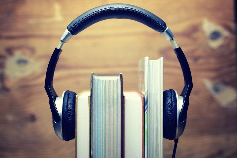 Los audiolibros son ideales para las personas que disfrutan escuchando historias