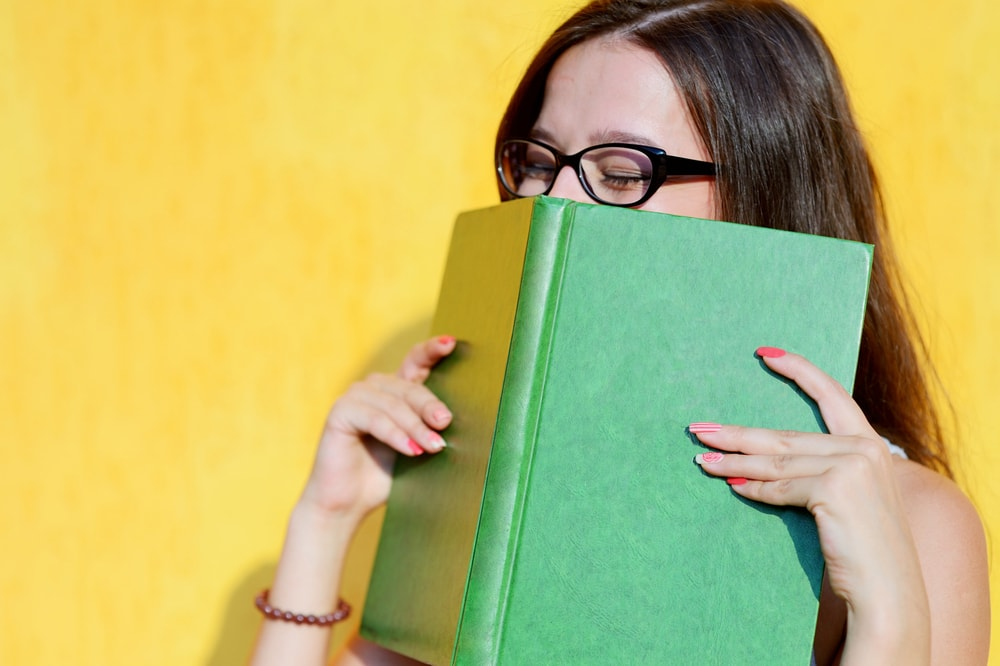 Los componentes químicos de los libros son los artífices de su característico olor
