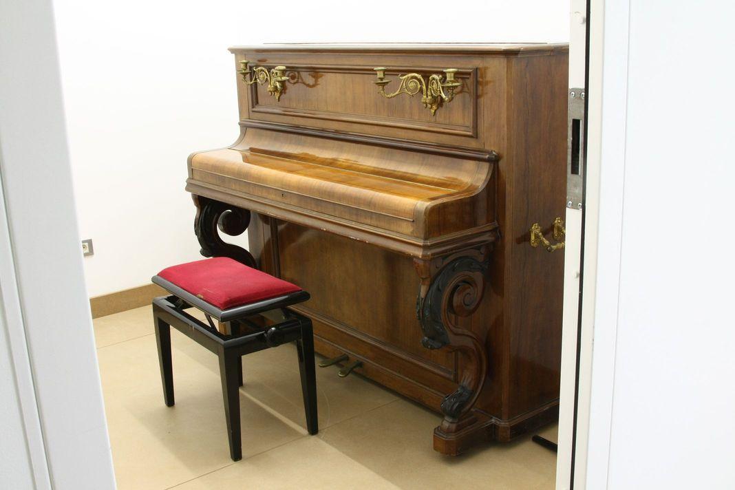 Sala de ensayo de la Biblioteca Musical Víctor Espinós