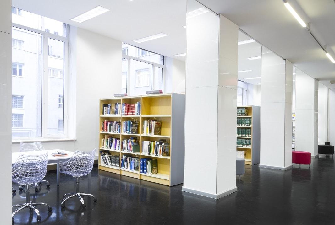Sala lectura Biblioteca Ministerio de Defensa