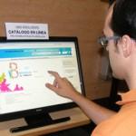 El catálogo de la Red de Bibliotecas de Andalucía en pantalla táctil